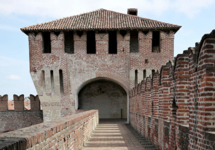 Soncino Castle - by trecca