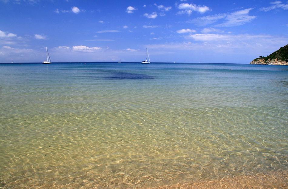 La Biodola beach. © Fabcom