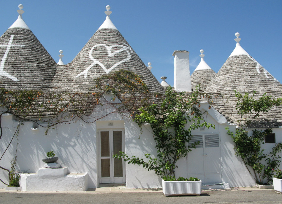 Experience The Trulli And Olive Oil Of Alberobello The Grand Wine Tour