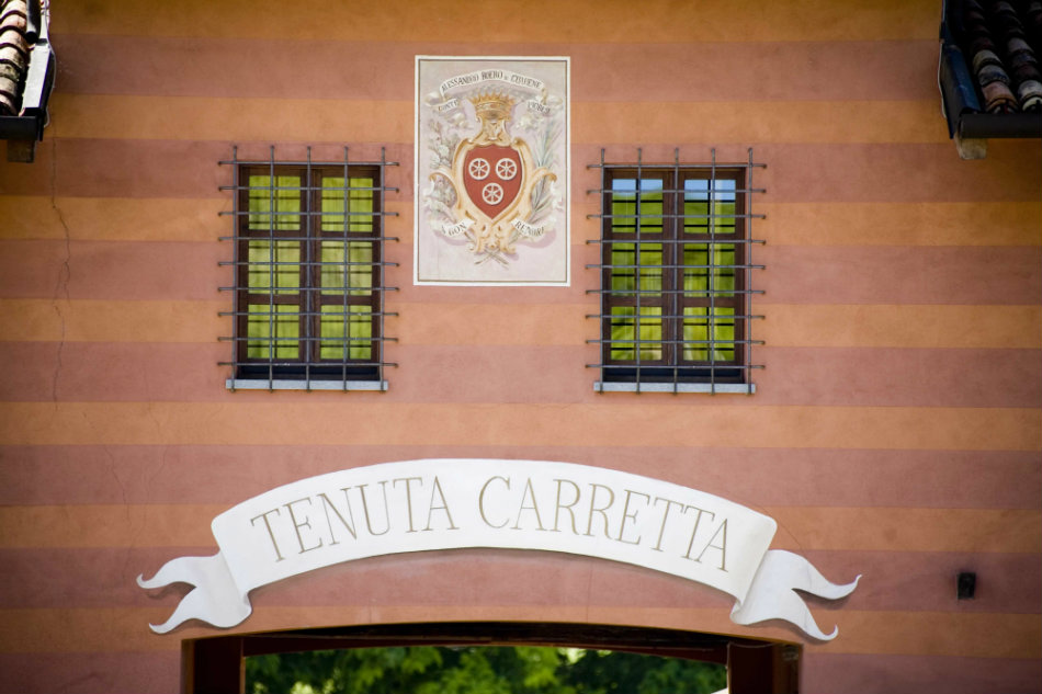 Warm and welcoming entrance - © Tenuta Carretta