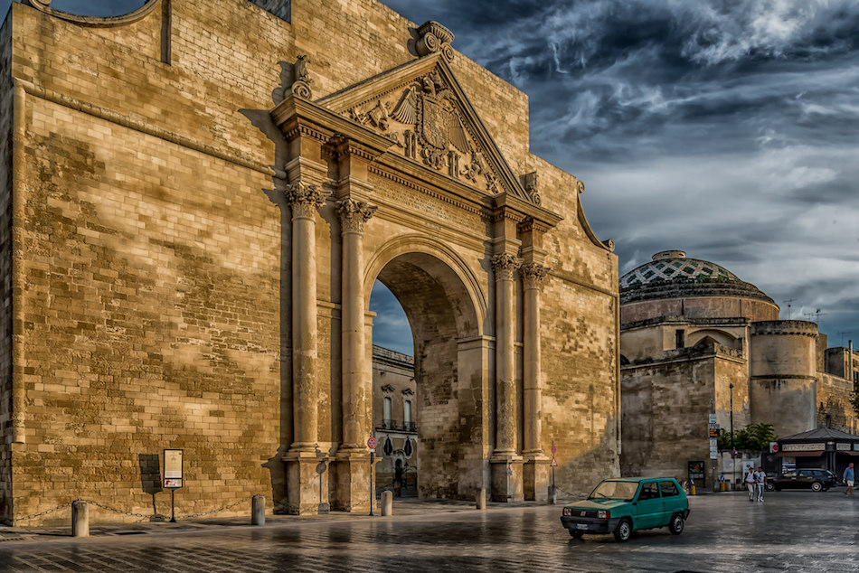 Entrance to Historic Centre in Lecce - © Aaron Peterson