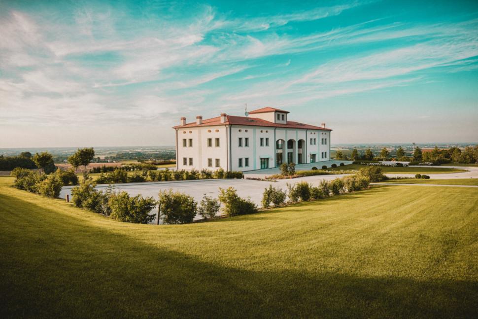 Umberto Cesari winery
