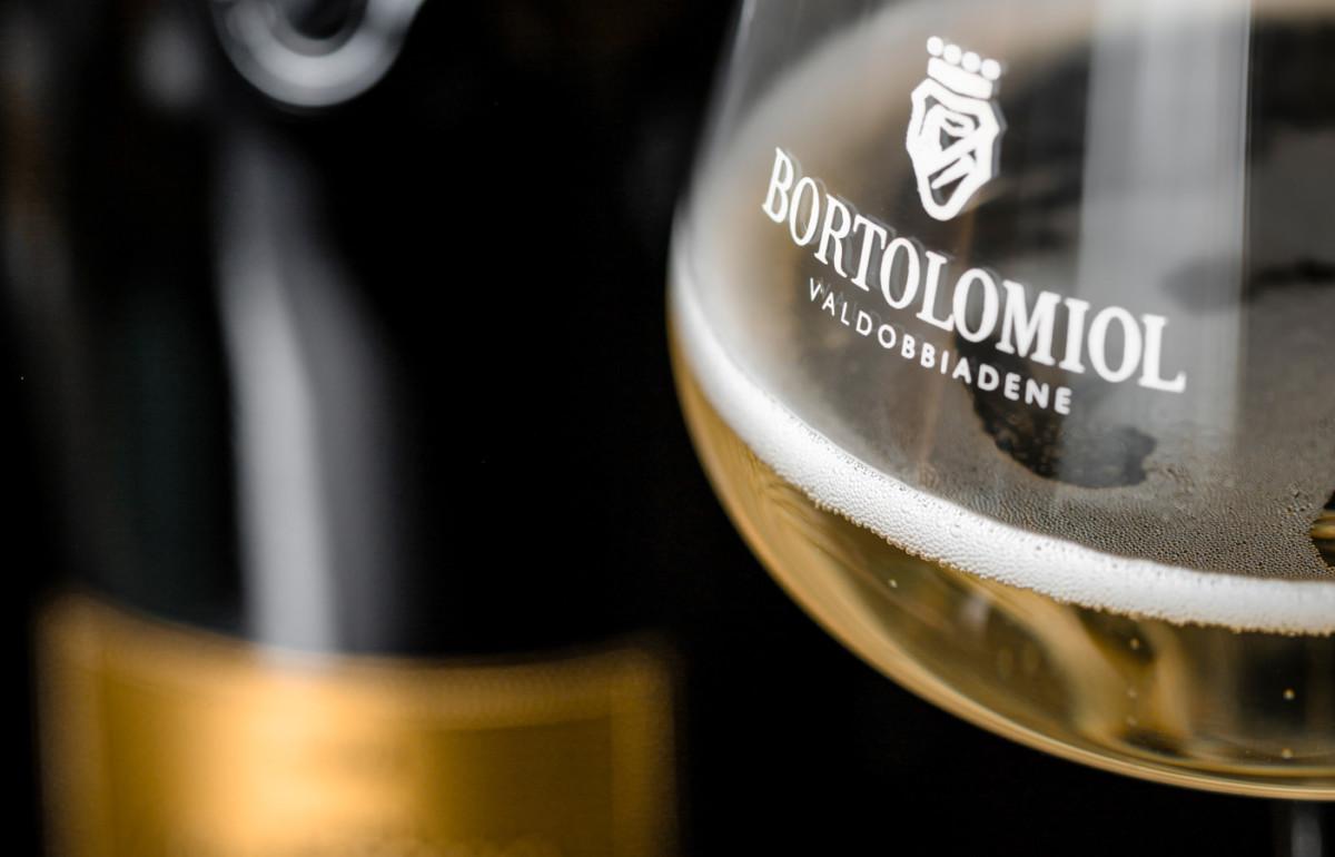 bicchiere di prosecco Bortolomiol